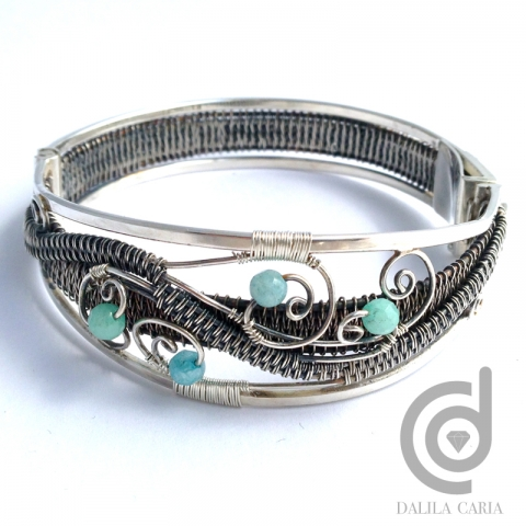 Box clasp silver cuff with wire weaving