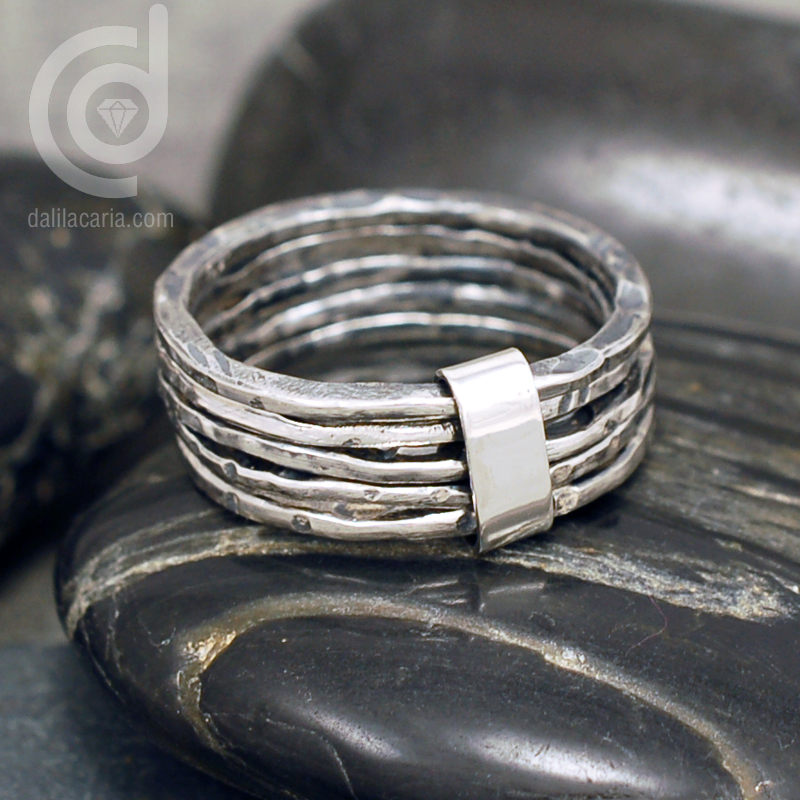 Connected silver stacking rings